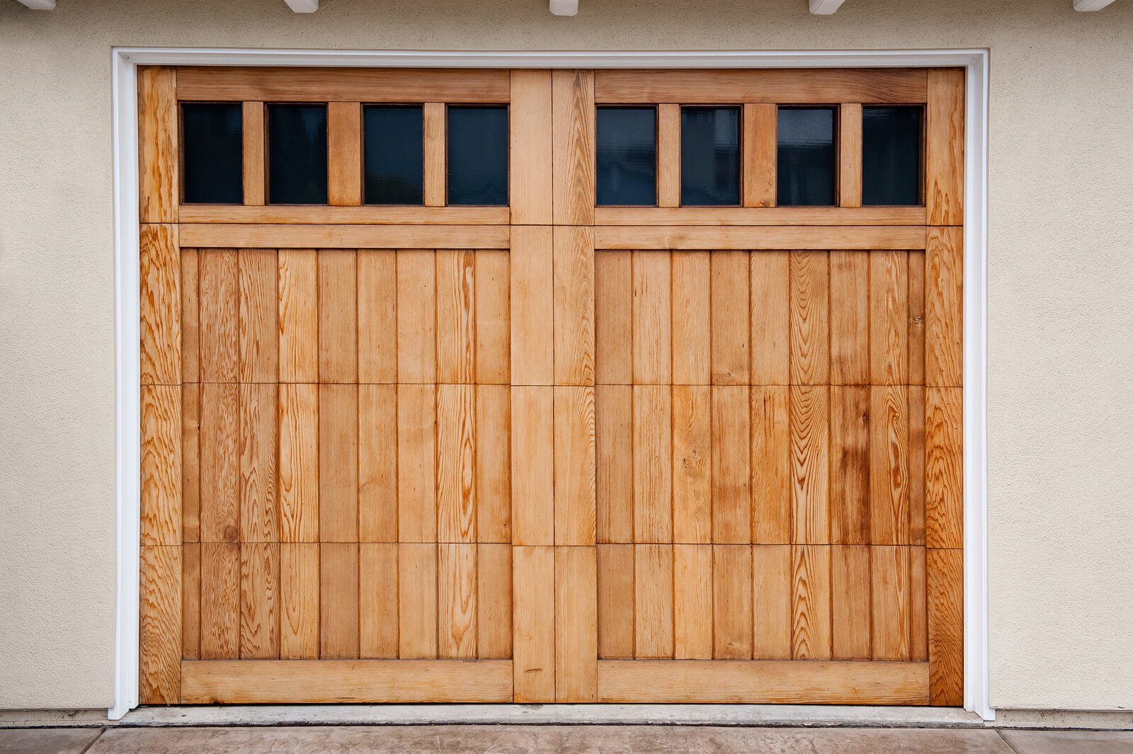 PICKING GARAGE DOORS