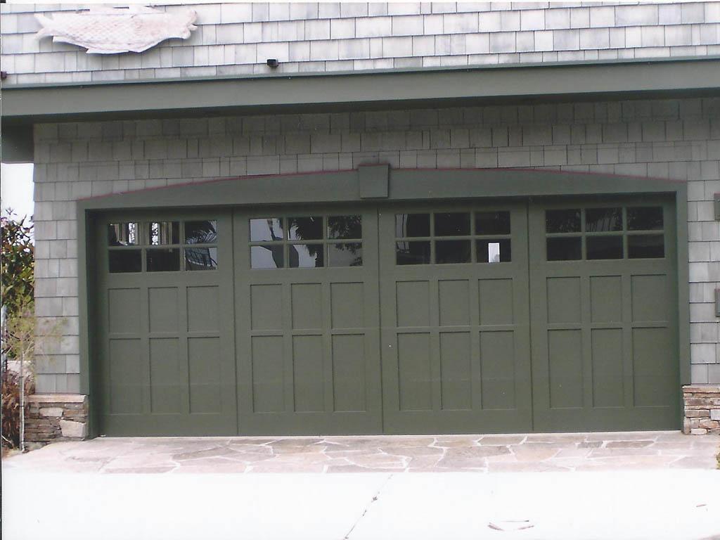 Composite wood garage doors wood and composite carriage for Composite wood garage doors