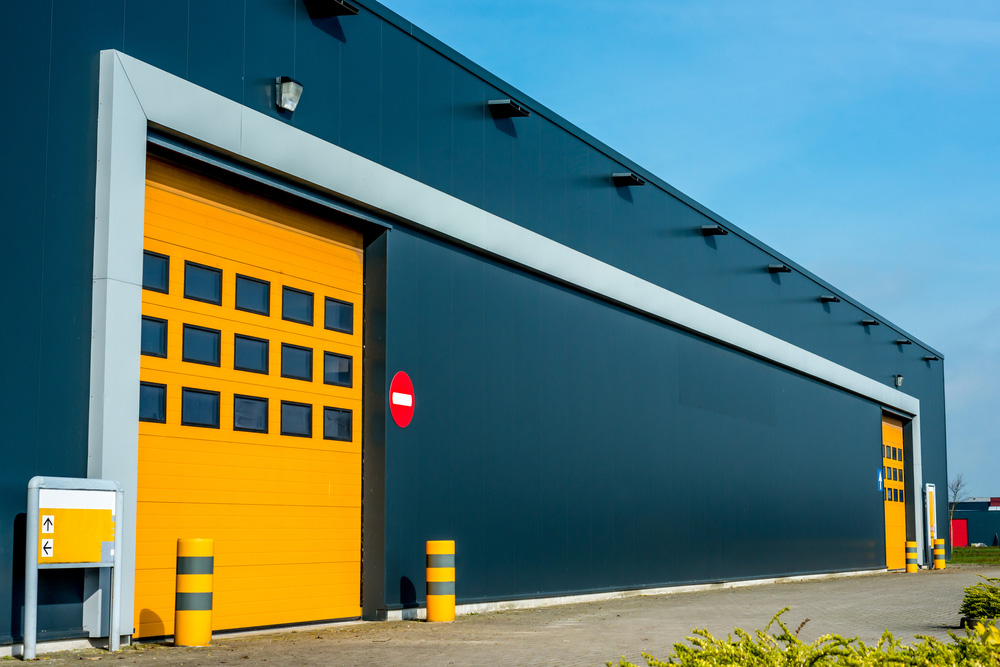 Differences Between Commercial Garage Doors and Residential Ones