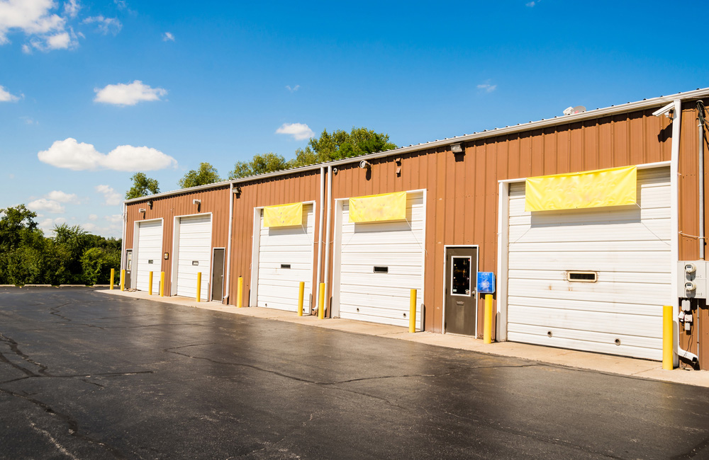 What's Factored Into The Cost Of A Commercial Garage Door?